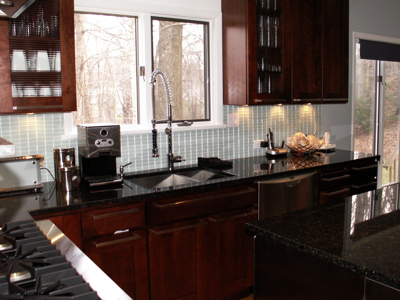 Modern Kitchen in Roaton, CT | Kitchen Design Center