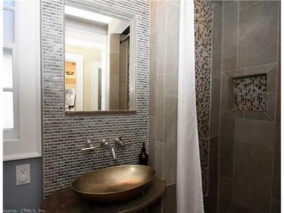 Hot Contempory Bath Kitchen Design Center